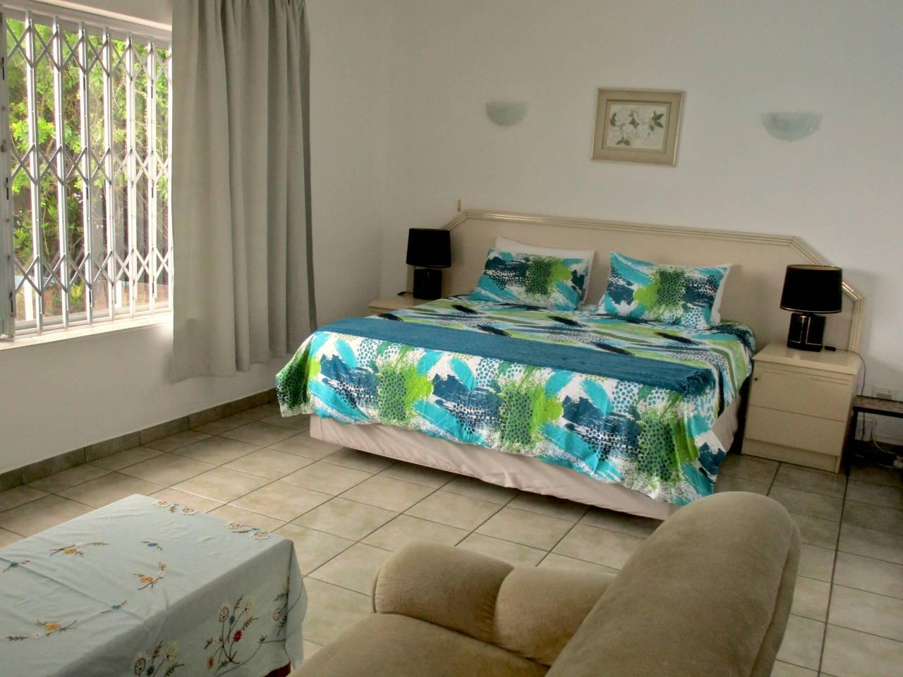 Ocean Song - KZN South Coast - Bedroom 1